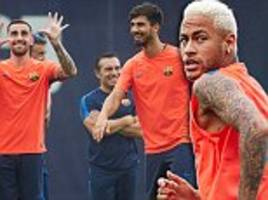 Barcelona train without the injured Lionel Messi as Spanish court reopens case into Neymar's Nou Camp move