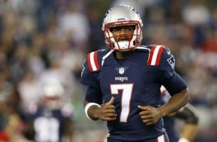 Jacoby Brissett Takes Off 27 Yards for First NFL Touchdown (Video)