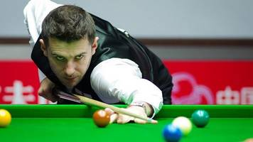 Shanghai Masters: Mark Selby to face Stuart Bingham in semi-finals