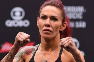 Cris Cyborg makes weight ahead of Saturday night clash with Lina Lansberg