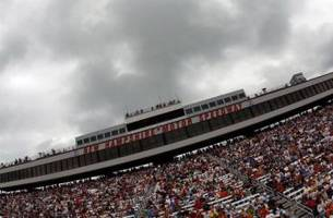 Weather iffy at NHMS this morning, but should clear up for weekend