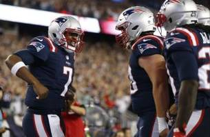 New England Patriots: Jacoby Brissett right now is very similar to Tom Brady in 2001