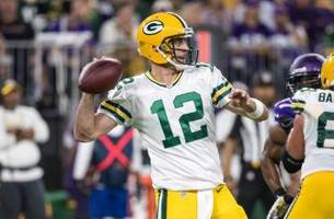Tundra Talk: Lombardiave staffers talk Green Bay Packers