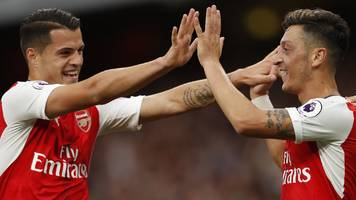 arsenal sweep aside chelsea to go third