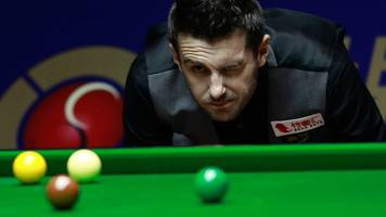 Shanghai Masters: Mark Selby reaches final with victory over Stuart Bingham