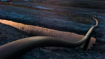 Tribes Across North America Sign Treaty To Fight Tar Sands Expansion