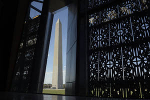 New Smithsonian Museum Chronicling Black History Opens