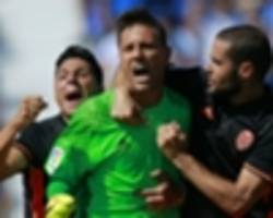 Diego Alves saves penalty to make La Liga history as Valencia see off Leganes