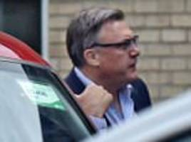 Ed Balls offers cab to a female stranger after waiting ages at the bus stop