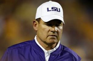 lsu and college football fans react to les miles being fired