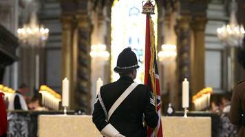 prince charles leads memorial to fallen police officers