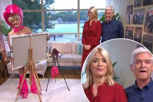 Holly Willoughby and Phillip Schofield get the giggles after he drops cheeky innuendo about penis painter