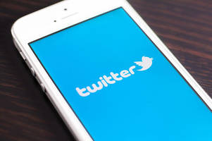 Twitter can help you register to vote in exchange for a direct message