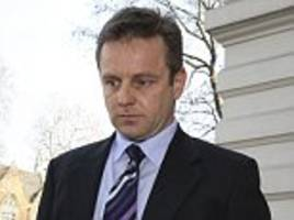 thame barrister who dodged £19k of rail fares for his commute is kicked out of profession
