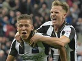 newcastle 4-3 norwich: dwight gayle hat-trick saves rafa benitez's blushes as canaries fail to take top spot