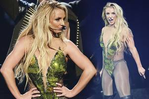 britney spears stuns with first uk show in five years as she brings las vegas show to camden