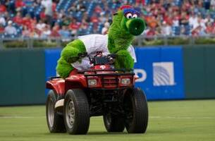 phillie phanatic featured in si mini-documentary about his creation