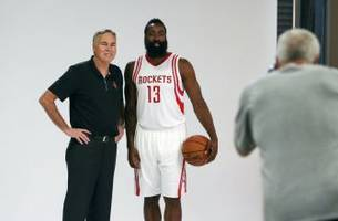 houston rockets video diary - media day: daryl morey and mike d'antoni