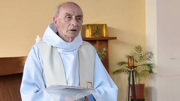 french survivor tells of rouen priest's jihadist murder