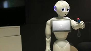 Pepper robot learns to catch ball in a cup and other news