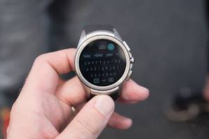 google delays launch of android wear 2.0 to next year