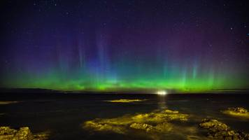 lights, camera, action: aurora borealis images from scotland