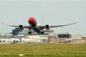gatwick-bound flight diverted but airport insist 'there are no...