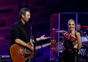 Love triangle brews among Gwen Stefani, Blake Shelton, Miranda Lambert