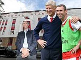 Arsenal boss Arsene Wenger looks like a man who wants to surpass Sir Alex Ferguson's 26 years at Manchester United, insists Martin Keown