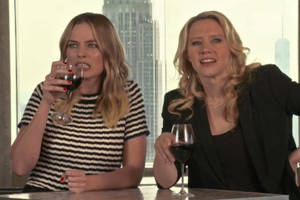'snl': kate mckinnon shares dirty – and maybe rabid – secret with margot robbie (video)