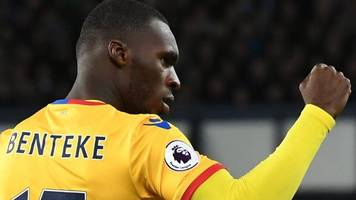 benteke earns palace draw at everton