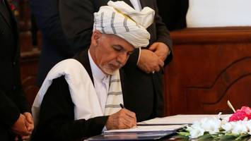Afghanistan: Hekmatyar calls for peace signs deal with President Ghani