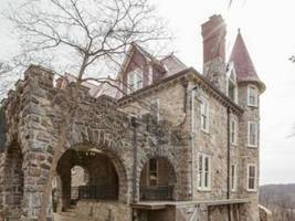 wow house: $3.999m for restored 1883 manor house with potomac river view