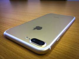after samsung galaxy note 7, now an apple iphone 7 explodes