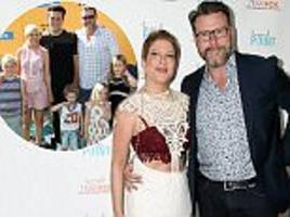 tori spelling and husband dean mcdermott announce they're expecting their fifth child