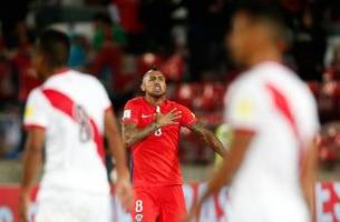 watch: arturo vidal breathes life into chile's world cup hopes with game-winner