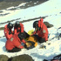 peter hillary helps rescue critically injured skier on mount ruapehu