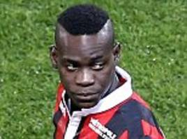 nice 2-0 lyon: mario balotelli misses penalty as his side stretch lead at top after nabil fekir sees red for visitors