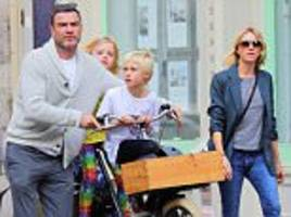 Naomi Watts and Liev Schreiber take their sons to lunch together three weeks after split