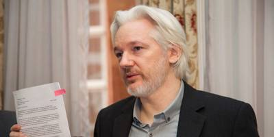 Wikileaks says Assange's internet access has been blocked 'by a state party'