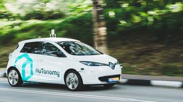 Singapore self-driving taxi has first prang