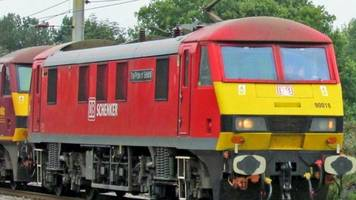 rail freight firm db cargo plans to cut 900 jobs