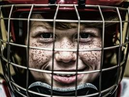 Kings Donate Big to YMCA for Youth Hockey