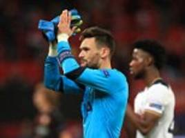 jan vertonghen urges tottenham to tie hugo lloris down with a new contract and insists: i wouldn't swap him for any other keeper in the world'
