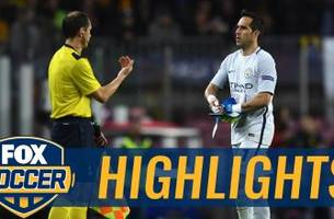 Claudio Bravo gets red card after terrible mistake | 2016-17 UEFA Champions League Highlights