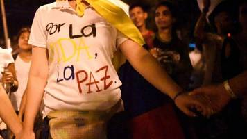 Colombia peace boost as Uribe opens door to Farc talks