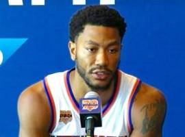 Jurors Pose For Pictures With NBA Star Derrick Rose After Finding Him Not Liable in Civil Rape Trial
