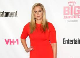 Amy Schumer Reads Sarcastic Open Letter to Donald Trump's Supporters After Tampa Walk-Out