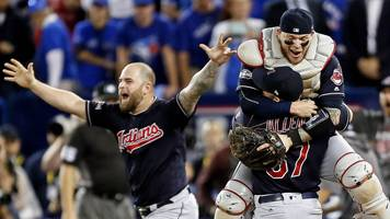 cleveland indians beat toronto blue jays to reach first world series for 19 years