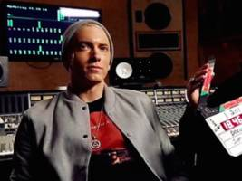"Eminem Returns W/ Hard-Hitting ""Campaign"" Freestyle, Gets At Donald Trump & Colin Kaepernick [Audio]"